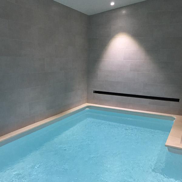 carrelage-sol-et-mural-piscine
